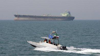 زورق تابع للحرس الثوري الإيراني في الخليج