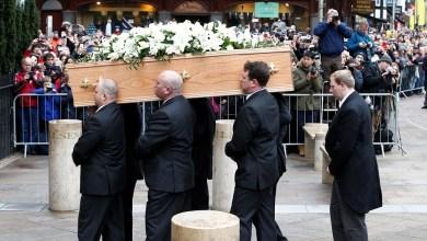 ميت يستغيث من التابوت بعد دفنه