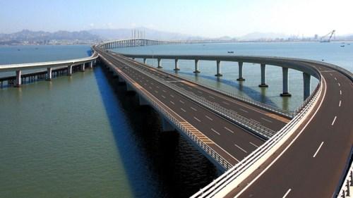 ما هو اطول جسر بحري في العالم