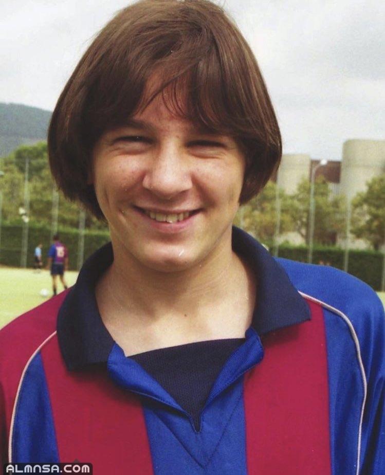 كم سنة لعب ميسي مع برشلونة