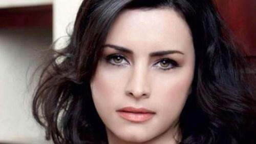 من هي الممثلة اللبنانية نور