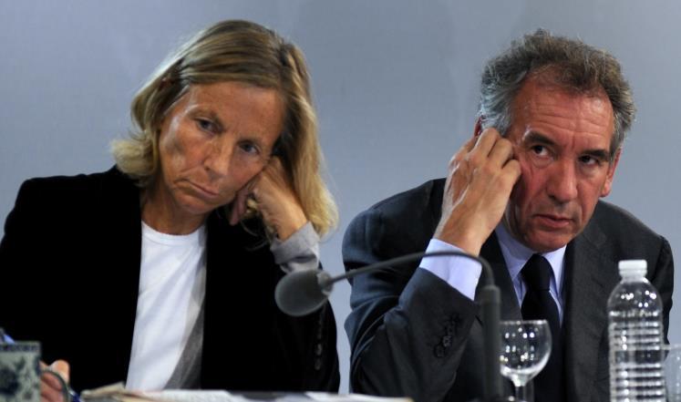 إقدام وزيرين آخرين على الإستقالة في حكومة ماكرون