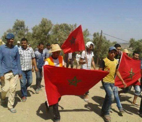 """العطش يرغم سكان """"ولاد على الفلاقين"""" بوزان للخروج في مسيرات احتجاجية"""