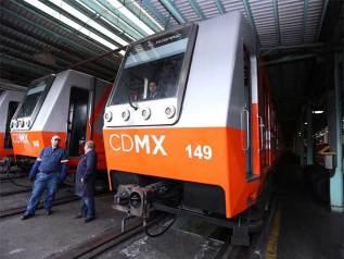 Mancera dio el banderazo de salida de cinco trenes para las líneas 4, 5 y 6 del Metro