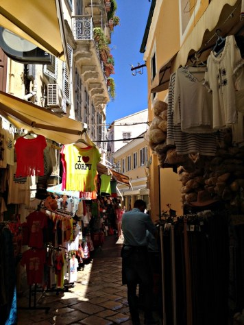 Strada-bazar-Corfu2