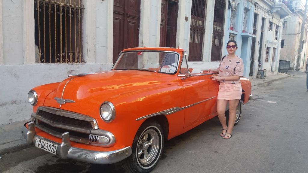 Angela Tudose pe străzile din Havana
