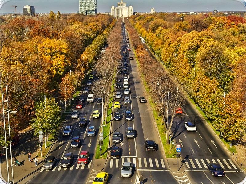 Vedere de pe Arcul de Triumf surprinsă într-un city-break în București