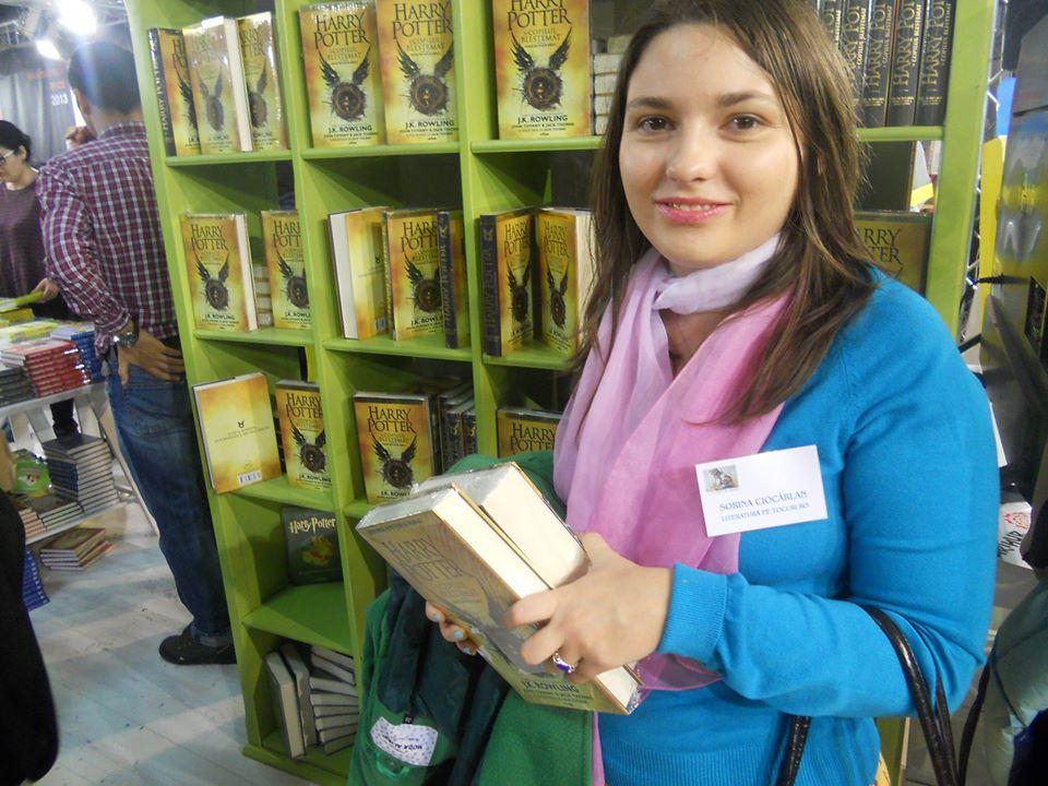 Simona Ciocarlan Scrinul cu cărți