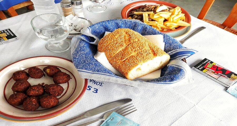 Chifteluțe de năut insula Sifnos