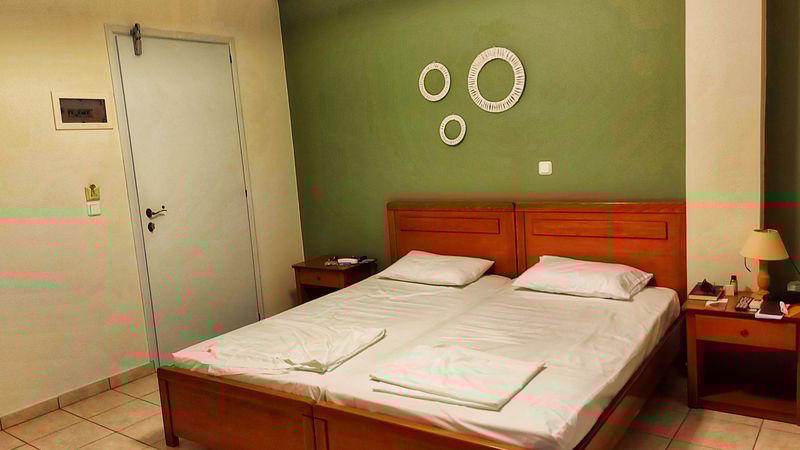 cazare în syros peter & tony rooms