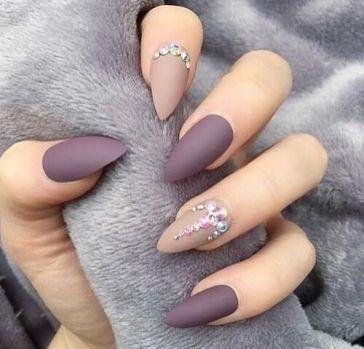 Crystal Nail Design