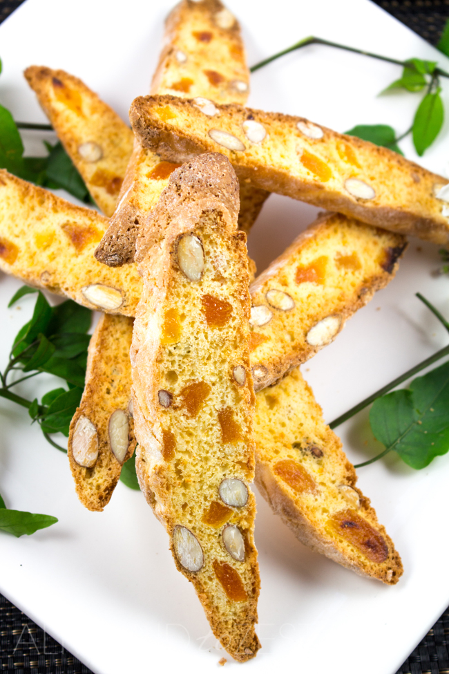Orange, Almond and Apricot Biscotti Recipe - A delicious and healthy alternative to your usual sugary cookie! Delicious flavors of almonds, dried apricots and zesty orange everyone will love!!