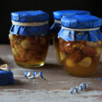 Nuts in Honey: a handmade gift