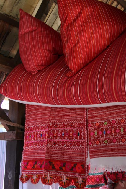 Examples of rich Slovak textiles