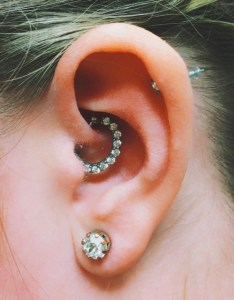 Daith piercing almost famous body also ear piercings as acupuncture therapy rh almostfamouspiercing