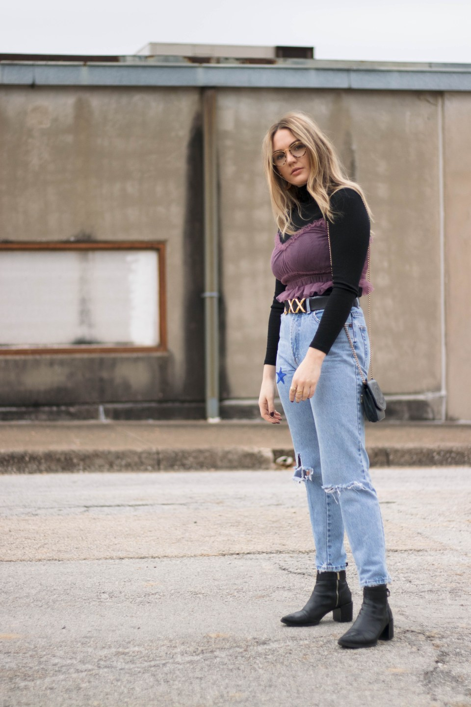 Turtle Neck Vintage Mom Jeans