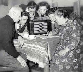 gather-round-the-radio