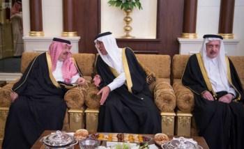 الملك يشرف مأدبة العشاء في الامارات17