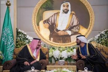 الملك يشرف مأدبة العشاء في الامارات3