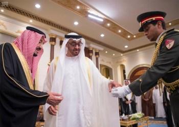 الملك يشرف مأدبة العشاء في الامارات4