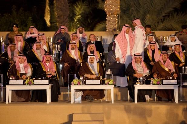 امير-الرياض-ينوه-بجهودجمعية-الزهايمر (5)