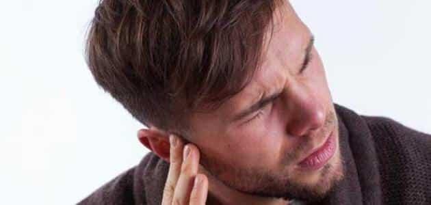 التهاب الاذن الداخلية والصداع