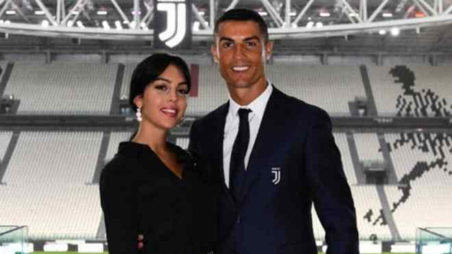 فيديو.. تفاصيل طلب كريستيانو رونالدو يد جورجينا للزواج