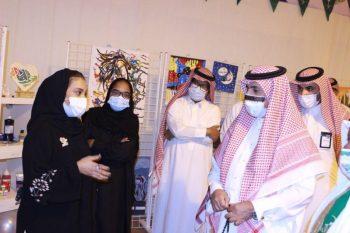 أطفال وفتيات دار الحضانة الاجتماعية بالرياض يحتفلون باليوم الوطني - المواطن
