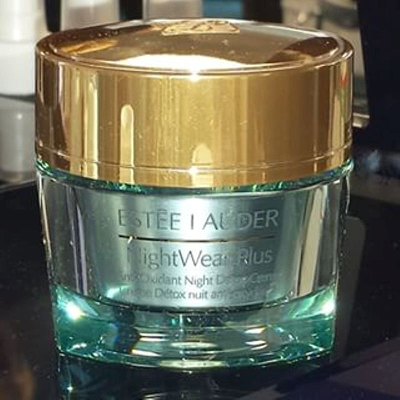 Estee Lauder Nightwear Plus Anti-Oxidant Night Detox Crème