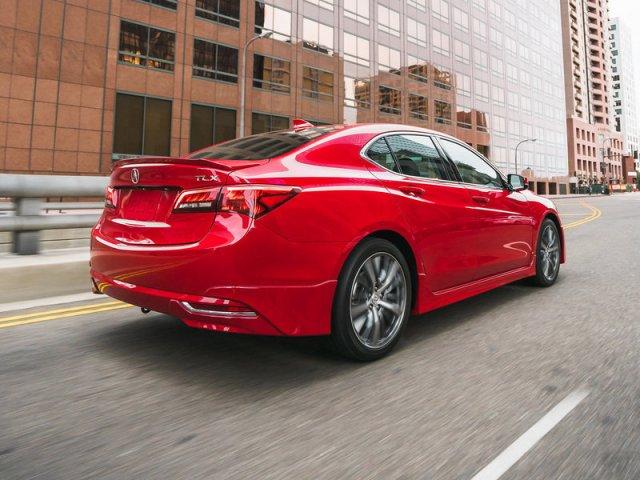 التصميم الخلفي للسيارة اكيورا TLX 2017 GT