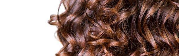 طرق تجعيد الشعر دون مكواة المرسال
