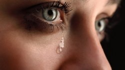 تفسير حلم البكاء بشدة في المنام