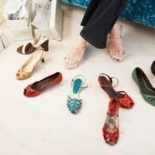 كيف تختارين كلا من حقيبة يدك وحذائك