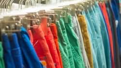 تفسير حلم حرق الملابس في المنام