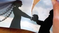 تفسير حلم تمزيق عقد الزواج في المنام