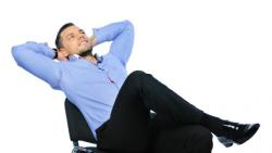 تفسير حلم شخص تحبه على كرسي في المنام