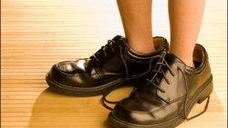 تفسير حلم لبس حذاء والدي في المنام