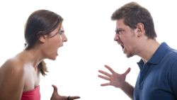 تفسير حلم غضب الزوجة من زوجها في المنام