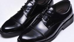 تفسير حلم لبس حذاء زوجي في المنام