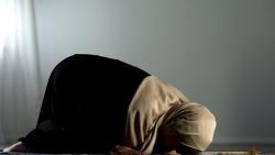 تفسير حلم الصلاة للمطلقة في المنام