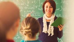 تفسير حلم التدريس في المنام للمطلقة