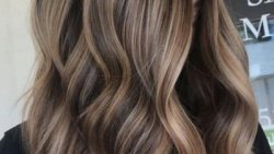 تفسير حلم صبغ الشعر البني في المنام