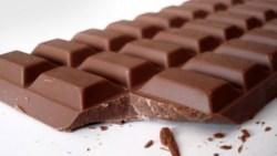 تفسير حلم سرقة الشوكولاتة واكلها في المنام