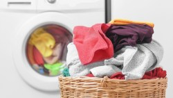 تفسير حلم غسل ثياب طليقي في المنام