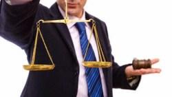 تفسير حلم رؤية المحامي غاضب في المنام