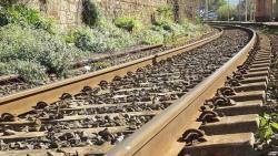تفسير حلم رؤية سكة القطار في المنام للعزباء