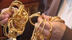 تفسير حلم سرقة الذهب من قِبل شخص معروف في المنام