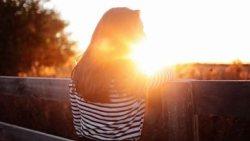 تفسير حلم طلوع الشمس فوق أعضاء الجسم في المنام