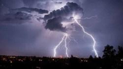 تفسير حلم العاصفة الرعدية في المنام