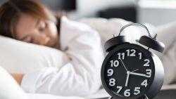 أقل عدد ساعات للنوم